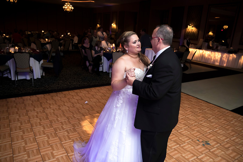 Amanda & Tyler Wedding 0786.jpg