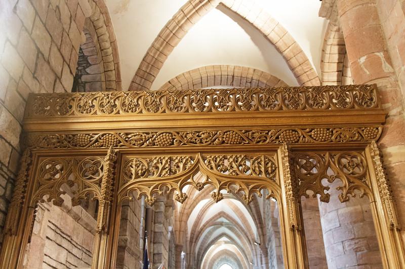 St. Magnus Cathedral, Kirkwall, Orkney - 08.jpg