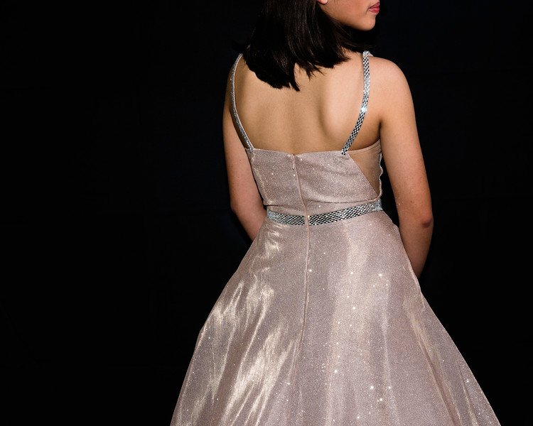2019-03-31 Olivia Avalos Quinceanera Gown 007.jpg