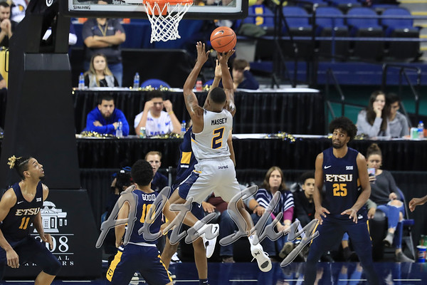 UNCG MBB SR DAY UPDATE - CARLOS