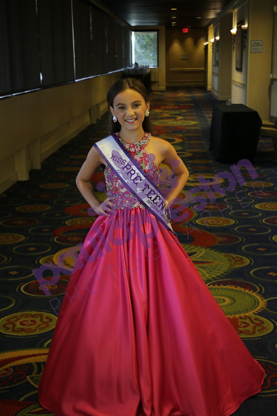 36 Miss, Teen, Pre-Teen Gown Group
