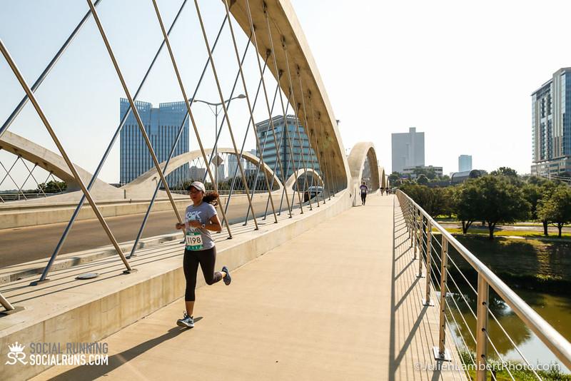 Fort Worth-Social Running_917-0519.jpg