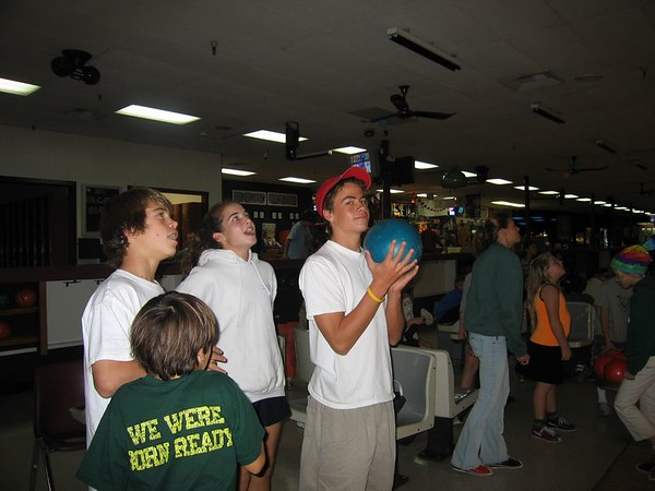 SwimTeam - Barracuda Bowling - Nov 14, 04