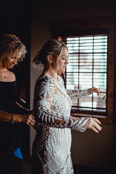Requiem Images - Luxury Boho Winter Mountain Intimate Wedding - Seven Springs - Laurel Highlands - Blake Holly -237.jpg