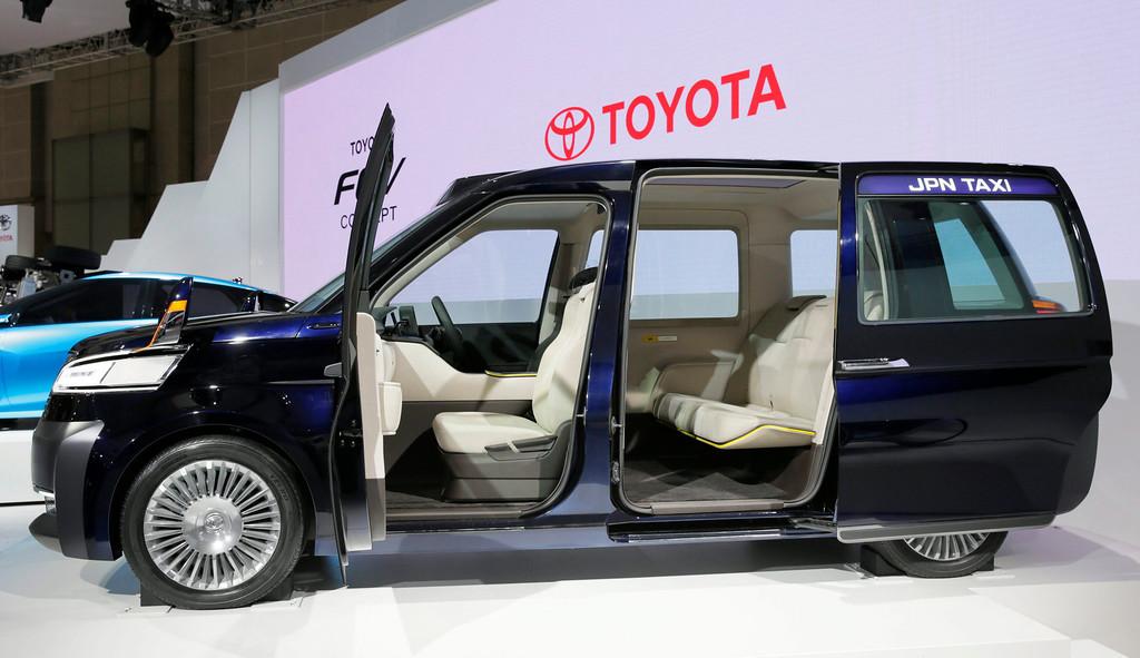 . Toyota Motor Corp. unveils its JPN TAXI Concept at the 43rd Tokyo Motor Show 2013 in Tokyo, Japan, 20 November 2013.  EPA/KIMIMASA MAYAMA