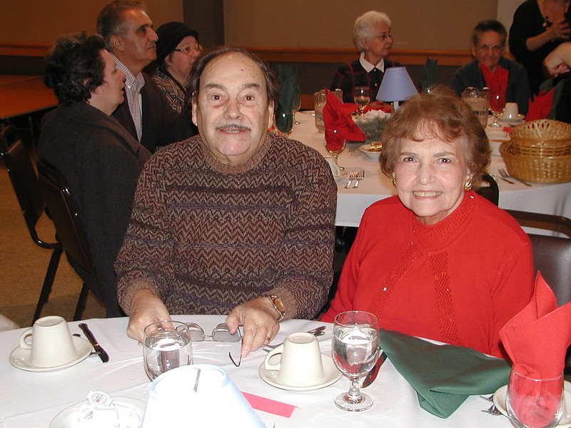 2002-12-12-Philoptochos-Senior-Citizens-Luncheon_021.jpg