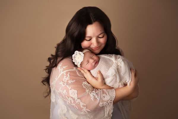 Cubero Family Newborn Session