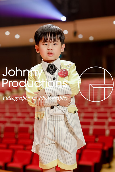 0012_day 1_yellow shield portraits_johnnyproductions.jpg