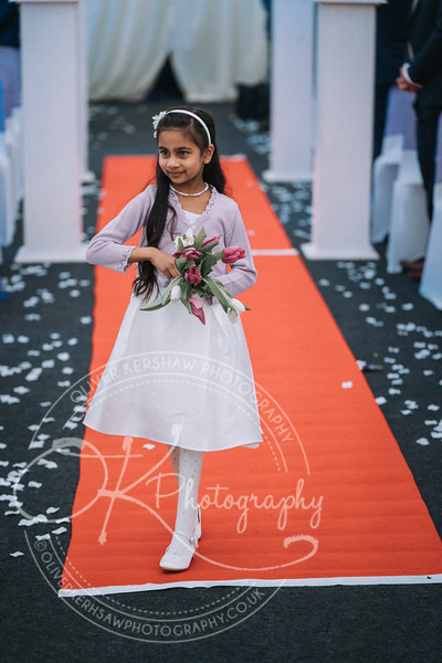 Zhara & Alvin-Wedding-By-Oliver-Kershaw-Photography-141321-2.jpg