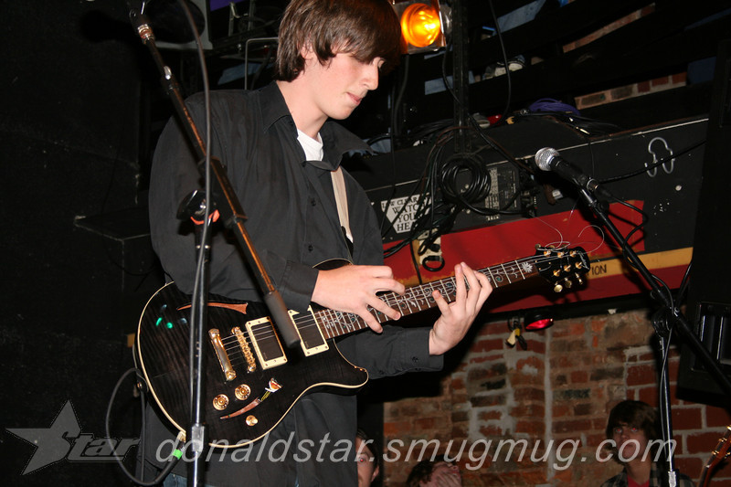 Paden Mullins Guitar at the 8 by 10 baltimore 2007 021.JPG