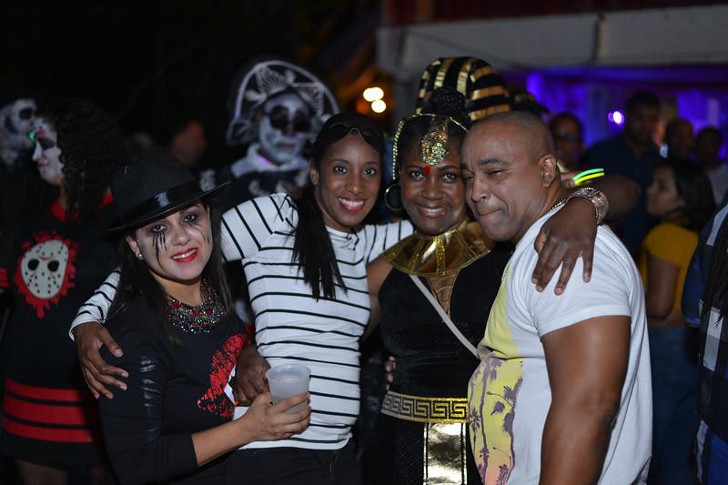 Halloween at the Barn House-44-2.jpg