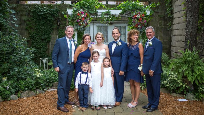 Garrett & Lisa Wedding (558).jpg