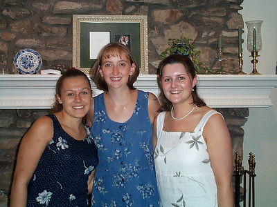 Sheridan's Shower at Aunt Sue's - August 3, 2002
