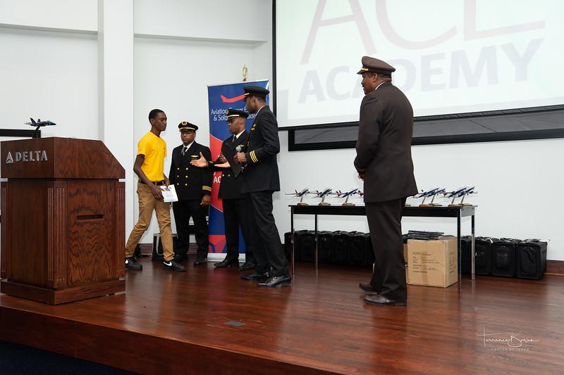 ACE_Graduation2018_sig-67.jpg