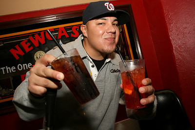 2009-11-13 [Poppin Bottles, Reps Bar & Grill, Fresno, CA]