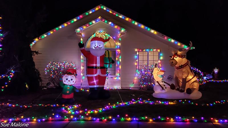 12-19-2020 Christmas Lights with Maryruth and Gerald-8.jpg
