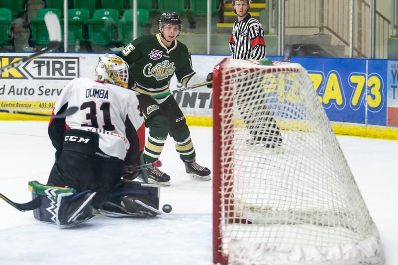 Jan 12 Oilers vs Camrose 0239.JPG