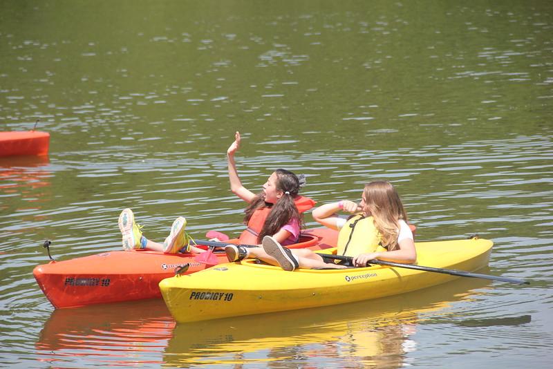 kars4kids_thezone_camp_girlsDivsion_activities_boating (37).JPG