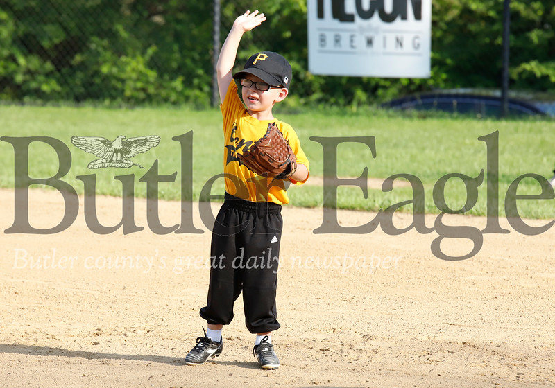 0711_SPO_Little league 2.jpg