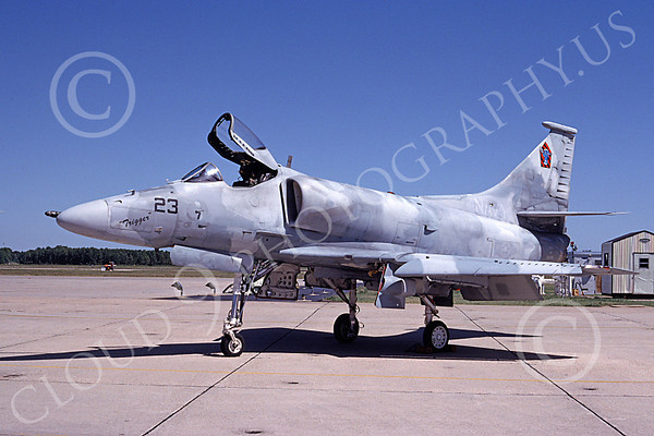 US Navy VA-43 CHALLENGERS Military Airplane Pictures
