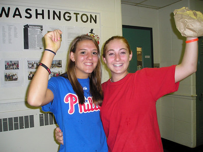 GA Upper School Piles on the Phillies Pride!