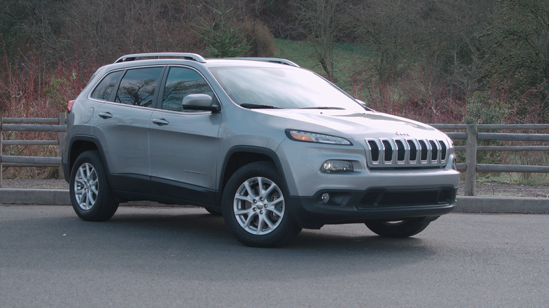 2017 Jeep Cherokee Latitude 4x4 Parked Reel