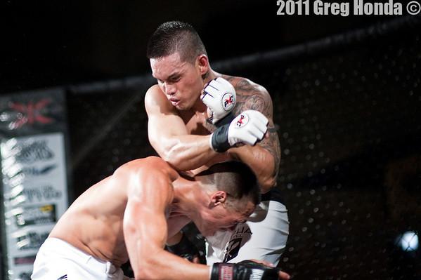 Ryan Dela Cruz vs Bruen Tavares