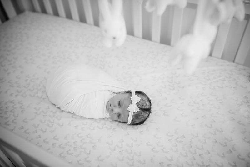 bw_newport_babies_photography_hoboken_at_home_newborn_shoot-5173.jpg