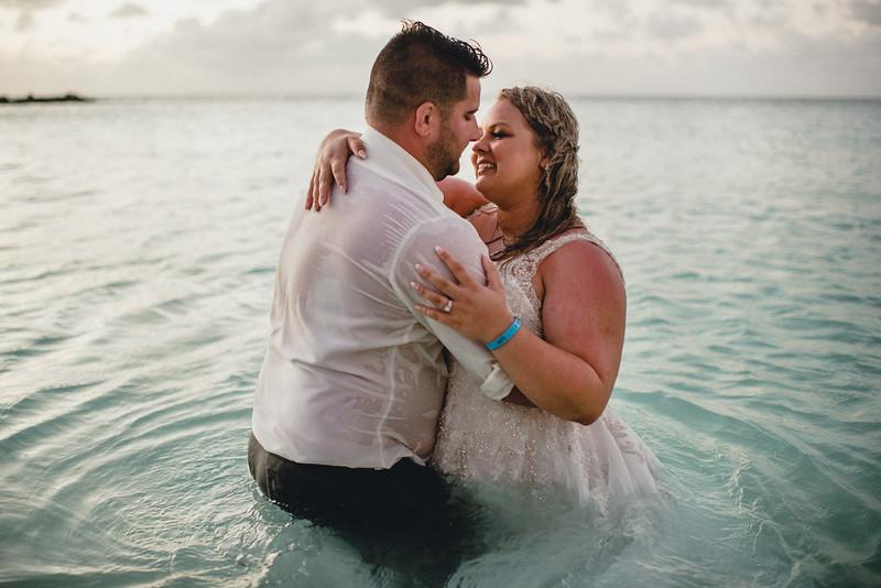 Requiem Images - Aruba Riu Palace Caribbean - Luxury Destination Wedding Photographer - Day after - Megan Aaron -118.jpg