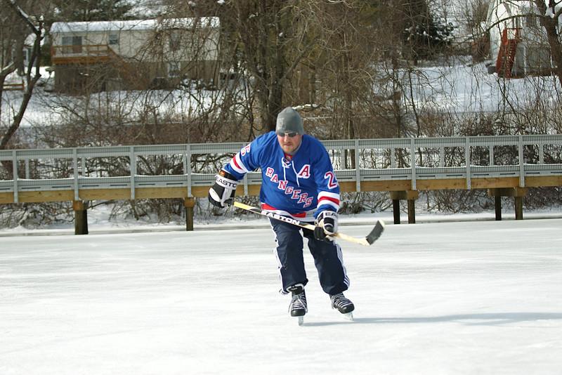 20140208_EMCphotography_PondHockeyCongersLakeNY-19.jpg