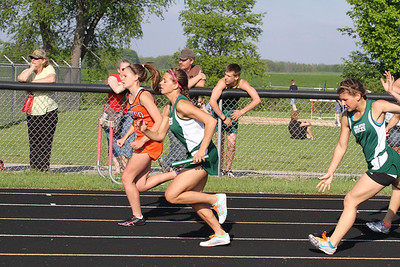 2013 MHSAA Highland Conference Girls 800 Meter Relay