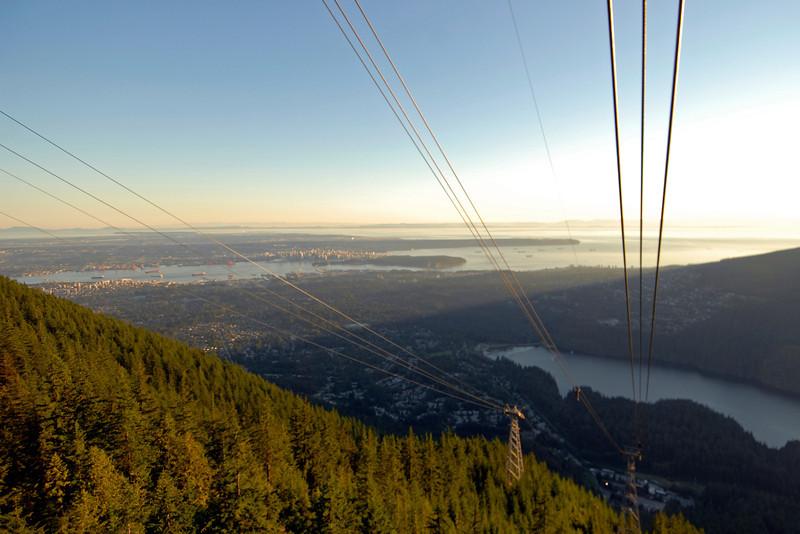 070910 8810 Canada - Vancouver - Grouse Mountain Panorama _F _E ~E ~L.JPG