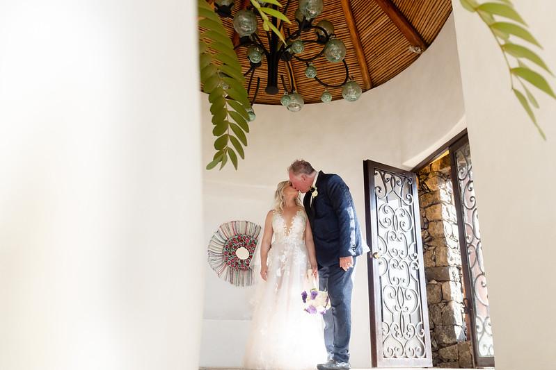 Jessica&Todd-Newlyweds-26.jpg
