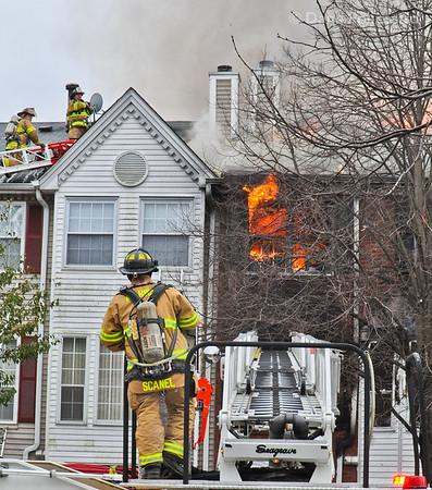 11-07-2012 Mahwah, NJ Multiple Alarm Fire: 752 Sassafras Court