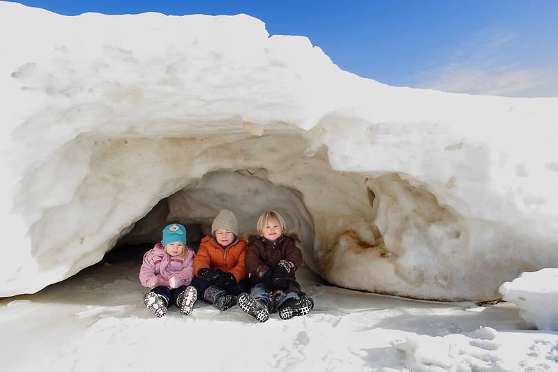 kids in cave1.jpg