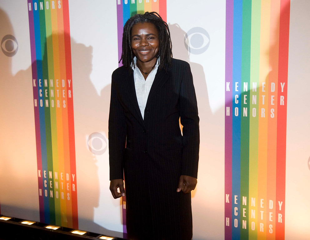 . Singer Tracy Chapman arrives at the Kennedy Center for the Performing Arts for the 2012 Kennedy Center Honors Performance and Gala Sunday, Dec. 2, 2012 at the State Department in Washington. (AP Photo/Kevin Wolf)