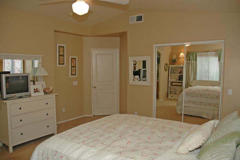 pinon master bedroom.jpg