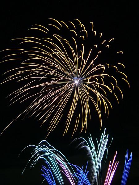 2005_1028tootingfireworks085_edited-1.JPG