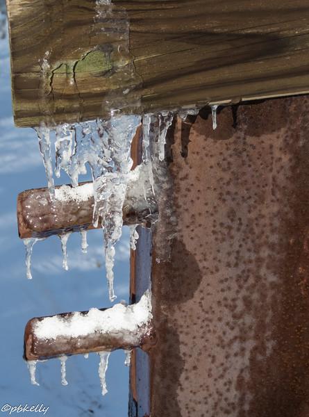icy bridge 010717-1.jpg