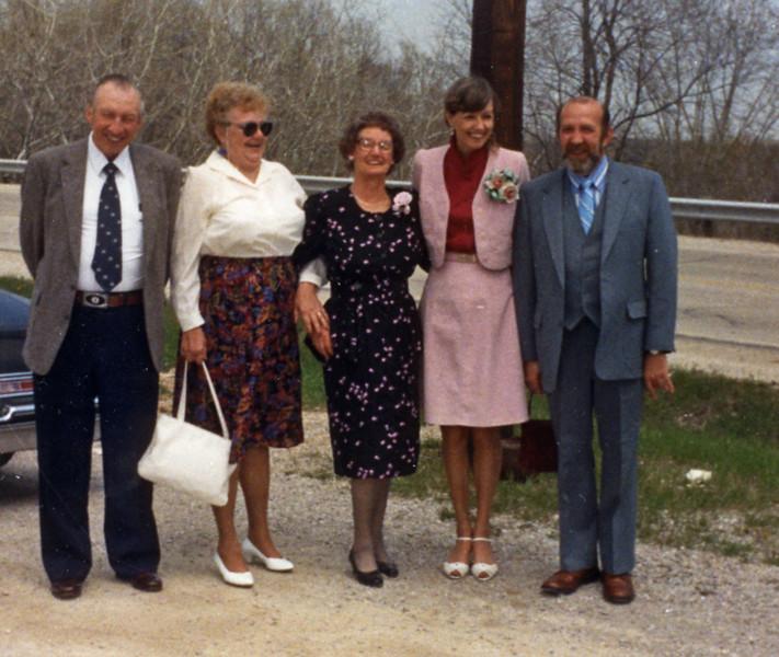Ray & Gertie Duman, Amelia, Bernice & Ed Henning
