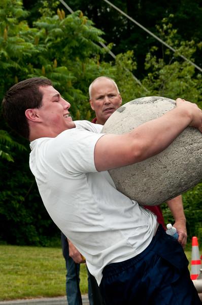 Fitness Revolution Strongman Challenge 2011_ERF4382.jpg