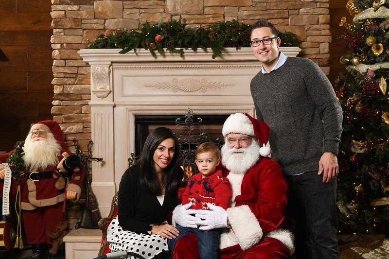 Santa2018.TylerBoye.-173.jpg