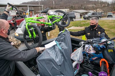 Sullivan County Toys from Cops 2020