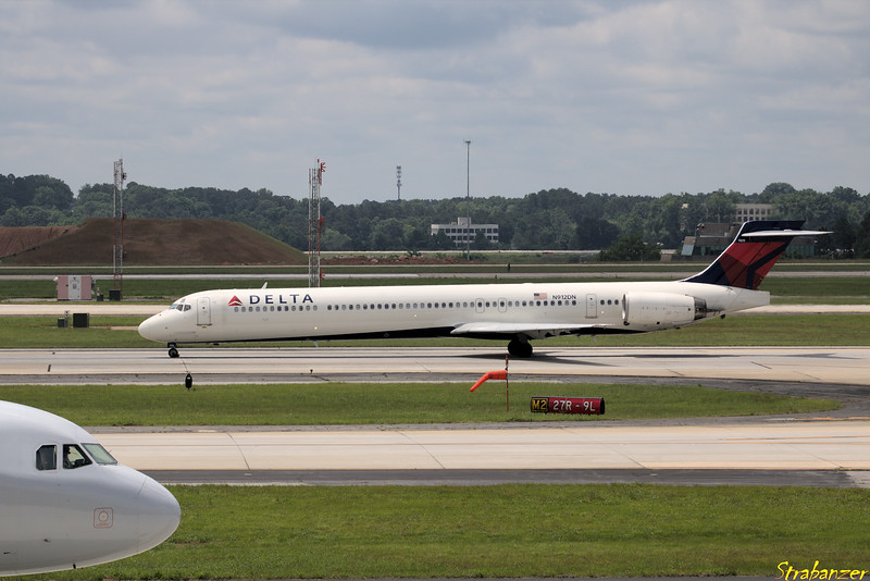 MD-90-30  s/n 53392 N912DN Delta Operating DL2342 to KJAX (Jacksonville Intnl, FL) Hartsfield-Jackson Atlanta, GA,    05/26/2018 This work is licensed under a Creative Commons Attribution- NonCommercial 4.0 International License