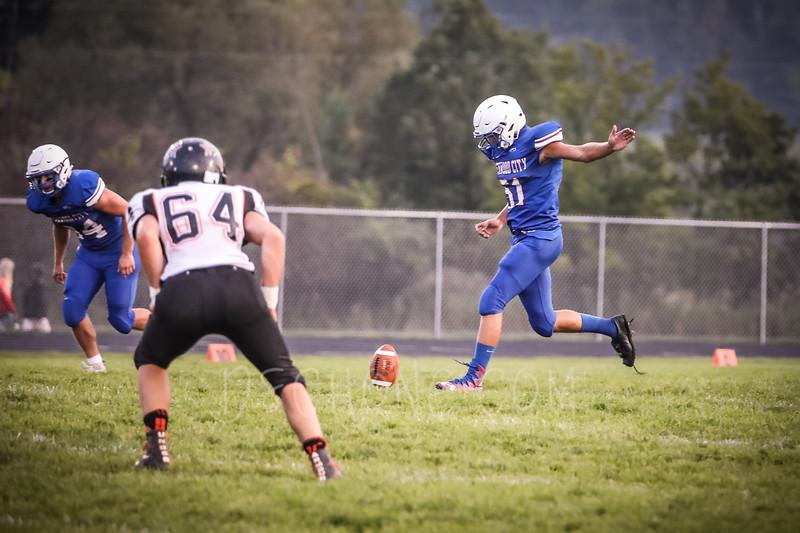 GC Football vs Elk Mound-0520.JPG