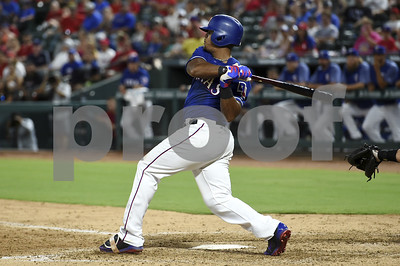 adrian-beltre-gets-4-hits-in-chase-for-3000-rangers-lose-40