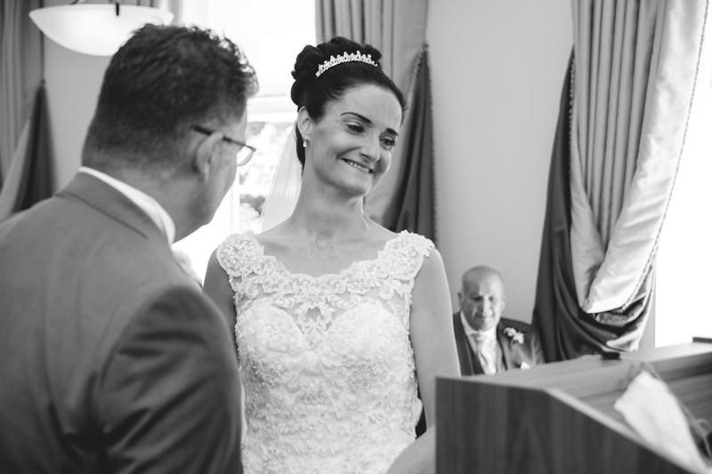 Mr & Mrs Hedges-Gale-56.jpg