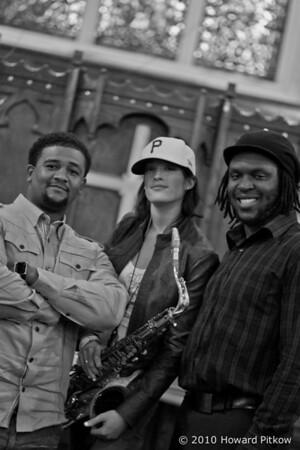 Chelsea Baratz Trio