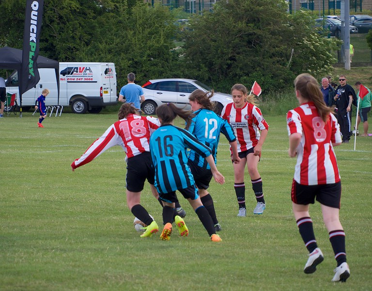 Coundon Court (Coventry) beat Bedford in the qualifying round 1-0.