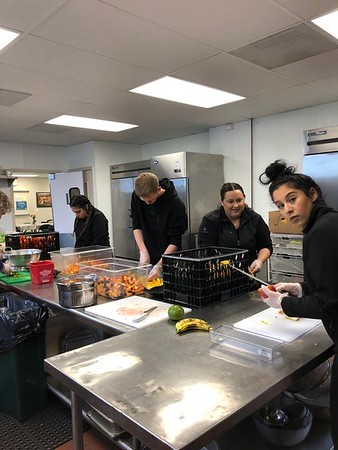 Fishes and Loaves Volunteering